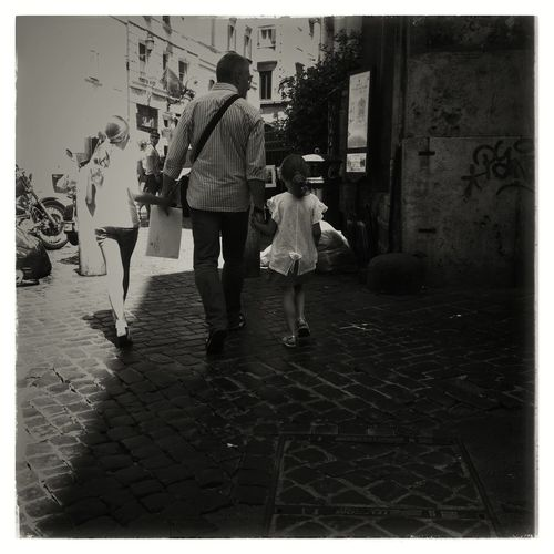 Family walk at the pantheon, Roma IPhoneography Mobileart NEM Black&white NEM Submissions