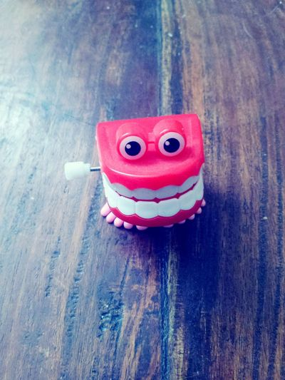 Little Things Plastic Plastic Toy Oldschool Mind Numbing Simple Object Small Things Simple Things In Life Novelty Toy Novelty Teeth Wind Up Teeth Awesomeness Cool As Timeless