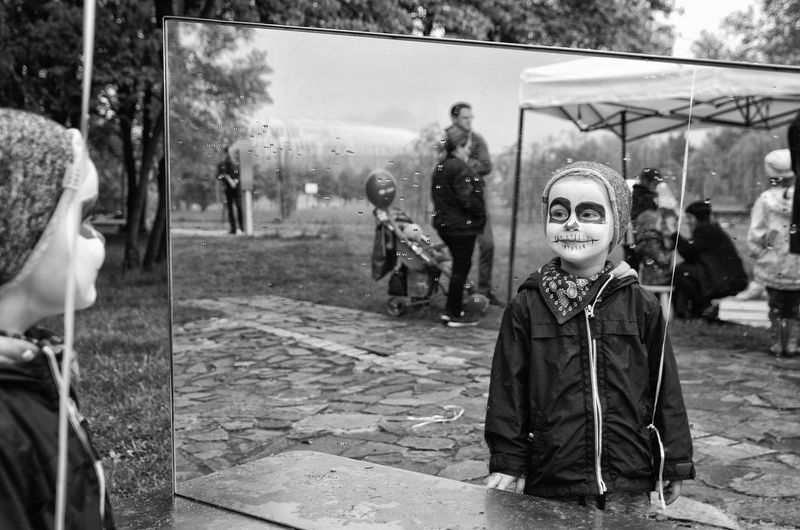 Mirror Mirror Picture Mirrored Day Face Paint Lifestyles Mirror View Black An White Photo One Person Outdoors People Portrait Real People Young Adult