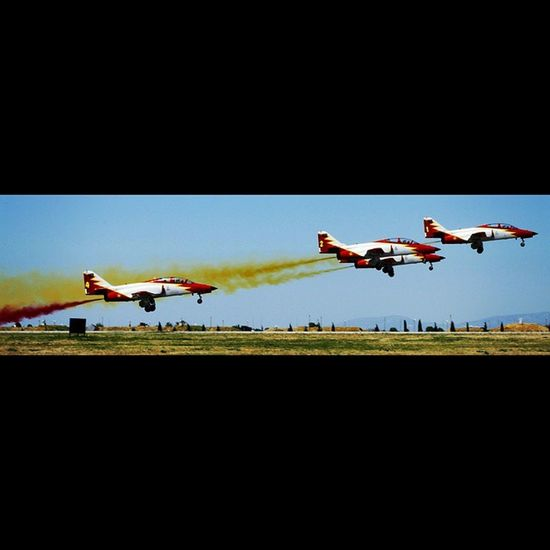 Patrulla Águila Spanish Air Force Aerobatic Team Avgeek Aviation Aviationgeek Avporn Aviationadict Aviationphotographt Instajet Instaplane Instaaviation Instagramaviation Instagram_aviation Plane TakeOff Planeporn Planepicture Aircraft Aviationlover Patrullaaguila SPAIN Photo Instagrammers Igers Tagsforlikes Instagood Comment canon 7D instagood composition focus