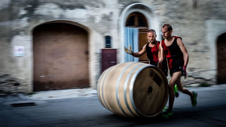 Montepulciano Italy Wine Winefestival Tuscany Barrel Barrelrunning Race Winners Photo Photography Photooftheday Holiday Fujifilm Fujifilm X-E2 Fuji Fujifilm_xseries Photograph Streetphotography Hello World Taking Photos Photo Of The Day Running Hotweather Enjoying Life