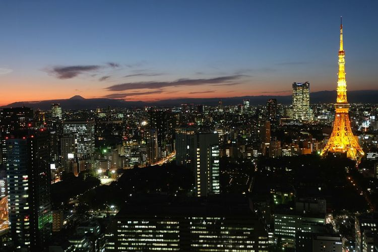 Japan's Tokyo Tower with Mt. Fuji looming in the background Seeing The Sights Nihon Tokyo Tower Travel Photography Cityscape Showcase: November Japan Photography Light And Shadow Travel Sunset Mount FuJi Pmg_tok