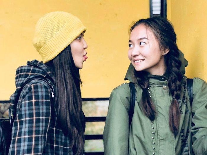 Autmn🍂🍃🍁☔📹 Friendship Yellow Angvs_