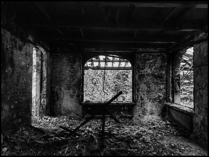 Surprise Urbex Urbex Kris Demey Photography Architecture Built Structure Indoors  Window Abandoned Building Day No People Damaged Weathered Old Run-down Sunlight Wall - Building Feature Obsolete Wall Ceiling Decline Bad Condition Deterioration
