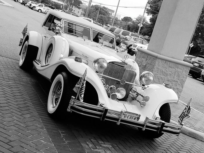 Vintage Cars Vintage Wedding Car Wedding Photography Excaliber Classic Car Excalibercar EyeEmNewHere Let's Go. Together.
