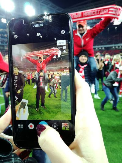Adult People Photographing Adults Only Men Crowd Photography Themes Only Men Close-up Football Spartak Terekh спартак Спартак Спартак Москва Терек спартактерек Win Winner