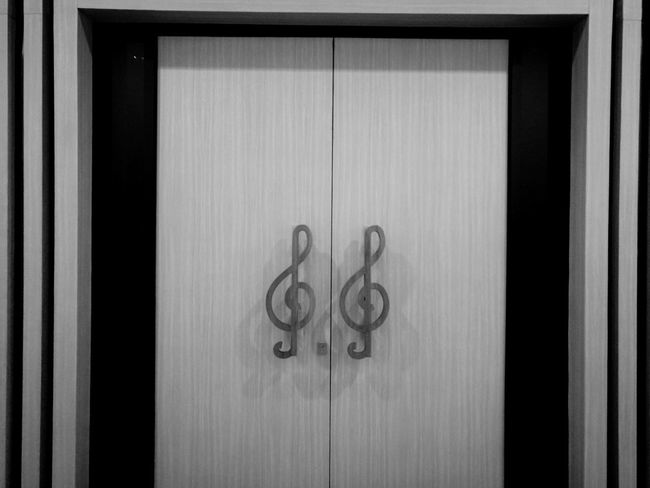 Door Day Wood - Material No People Close-up Indoors  Music Musical Indoors  Karawaci Tangerang Tangerang, Indonesia INDONESIA