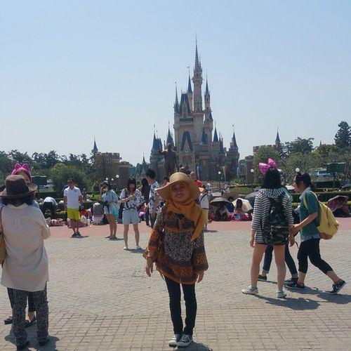 Goldenweek 2015.05.02 Tokyo Disneylandtokyo Muslim Musliminjapan Livinginjapan Lovejapan Nikkeijin Tabuchi Acehjapan Indonesiajapan