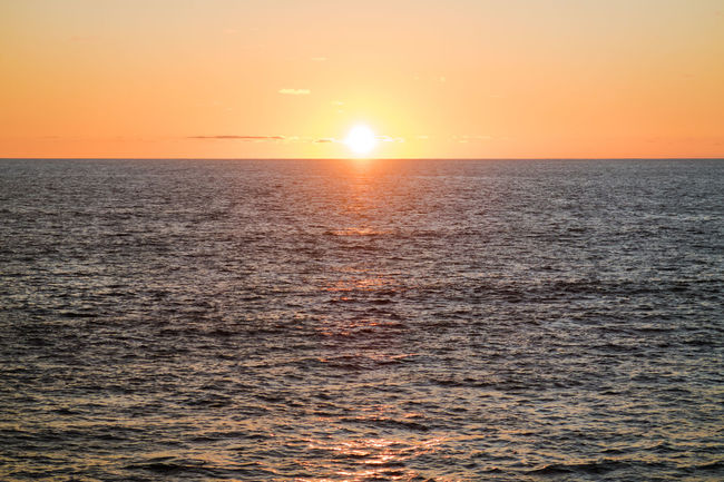 Beauty In Nature Horizon Over Water Majestic Ocean Ocean View Ocean Views Orange Color Pacific Sea Seascape Sky Stille Oceaan Sun Sunset Sunsetting Sunsetting On Water The Pacific The Pacific Ocean Tranquil Scene Tranquility Water