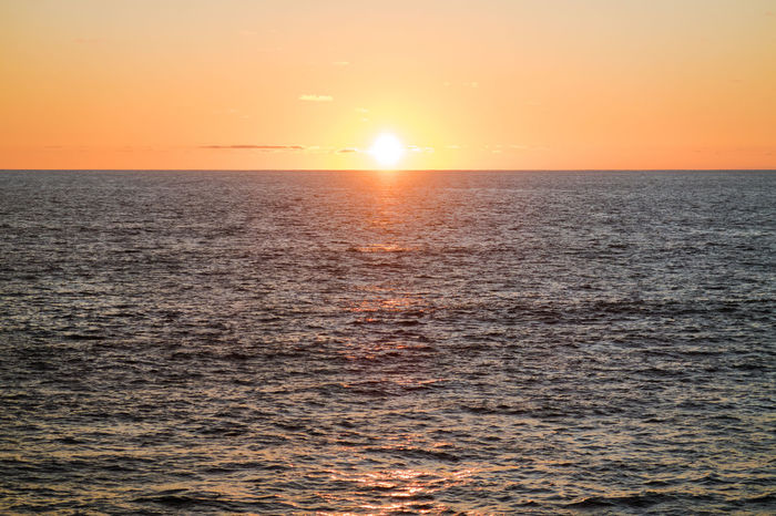Beauty In Nature Horizon Over Water Majestic Ocean Ocean View Ocean Views Orange Color Pacific Sea Seascape Sky Stille Oceaan Sun Sunset Sunsetting Sunsetting On Water The Pacific The Pacific Ocean Tranquil Scene Tranquility Water