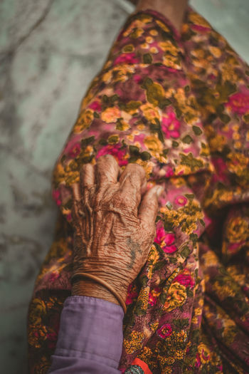 aging is beautiful Old Wrinkled Hand Age People Life Human Hand Women Bride Pattern Fashion Senior Adult Traditional Clothing Skill  Close-up Henna Tattoo Indian Culture  Traditional Ceremony Blessing Holy Week Hinduism Bangle