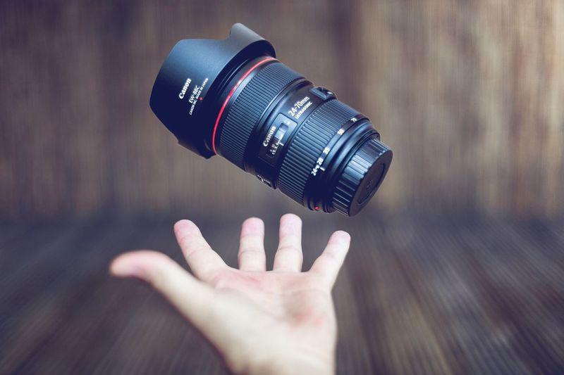 Canon Lens Canon2470mm Canon24-70f2.8 Levitation Welevitate Hand Canon_official