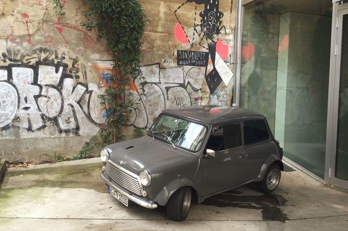 I Phone 6s Up Close Street Photography Outdoors MIni Italian job