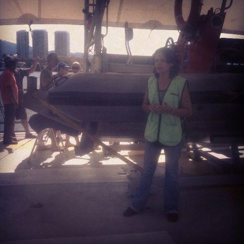Aprendiendo sobre Greenpeace en el Rainbow Warrior. Excelente día.SubeteAlBarco