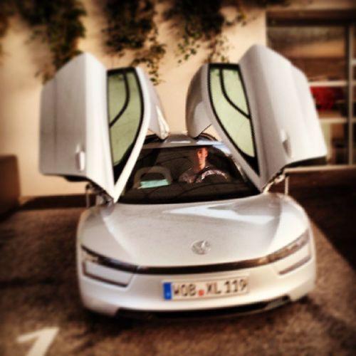 Volkswagen Xl1 Sport Wagen vw audi bugatti lamborghini bentley flügeltür sonne love instagood me cute follow like followme photooftheday