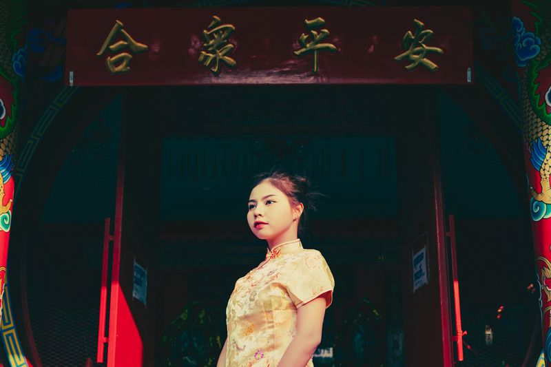 Heng heng Happy new year chines Chinese Girl Chinese New Year China Bangkok City Bangkok Thailand Bangkok One Person Women Young Adult Lifestyles Real People Standing Portrait Waist Up Looking Away Beautiful Woman Young Women Front View