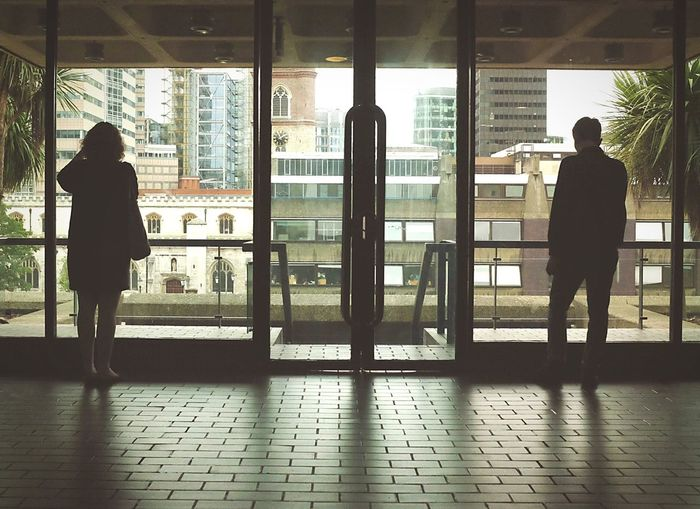Silhouette Architecture And Art London London Galleries Strangers Barbican Centre Embrace Urban Life