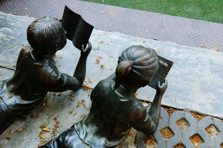 Children Photography Statue Statue In The City Reading Books On The Ground Readingtime