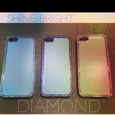 WHAT'S HOT DIAMOND BORDERED HARDCASE FOR IPHONE 4/4s, IPHONE5 AVAILABLE COLOR silver violet pink Casesiphone  Casesforsale Casingiphone Caseshop casetagram apple whatshot diamond ladies trendypiecess iphone ip4 ip4s ip5 stunning fashion new kikay mto beautiful followme fash