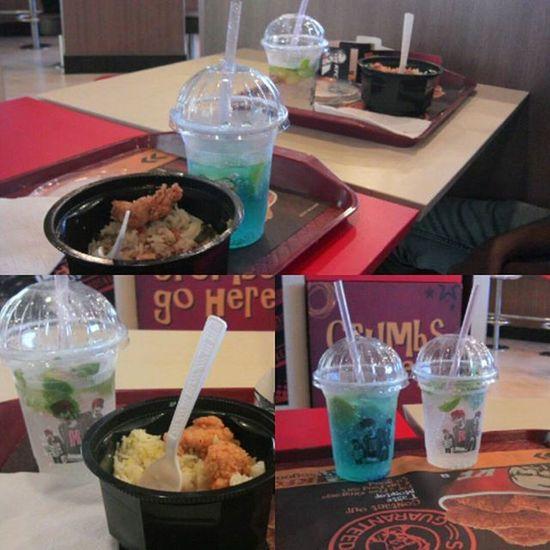 @kfc Sooo good Crushers Risebowl KFC a mini treat 😊