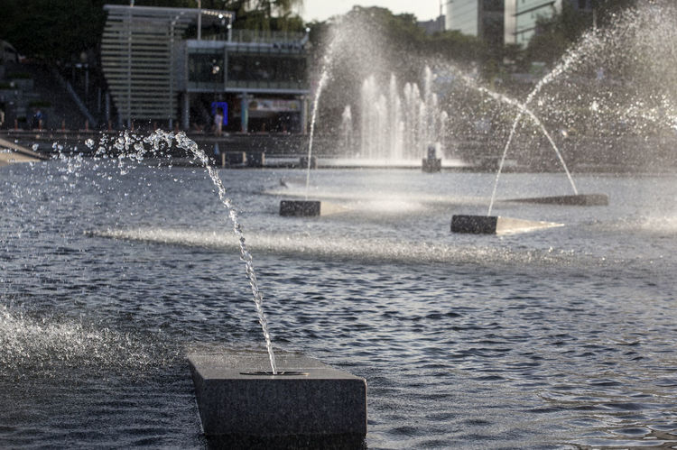 Architecture Built Structure City City Life Day Enjoyment Flowing Water Fountain Fun Hangang Park Leisure Activity Lifestyles Motion Nature Outdoors Park Rippled Splashing Spraying Travel Destinations Water Water Drops