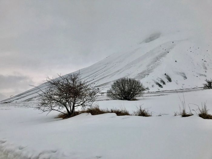 Winter Snow Cold Temperature Sky Tranquility Nature Beauty In Nature Landscape Environment Snowcapped Mountain White Color Mountain Scenics - Nature