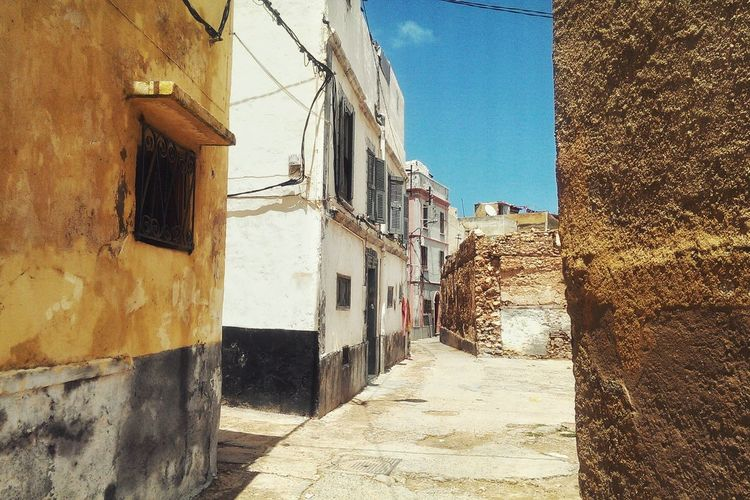 Taking Photos Hanging Out Street Perspective Composition Mazagan Travel Traveling Old Morocco Building Exterior Old Buildings