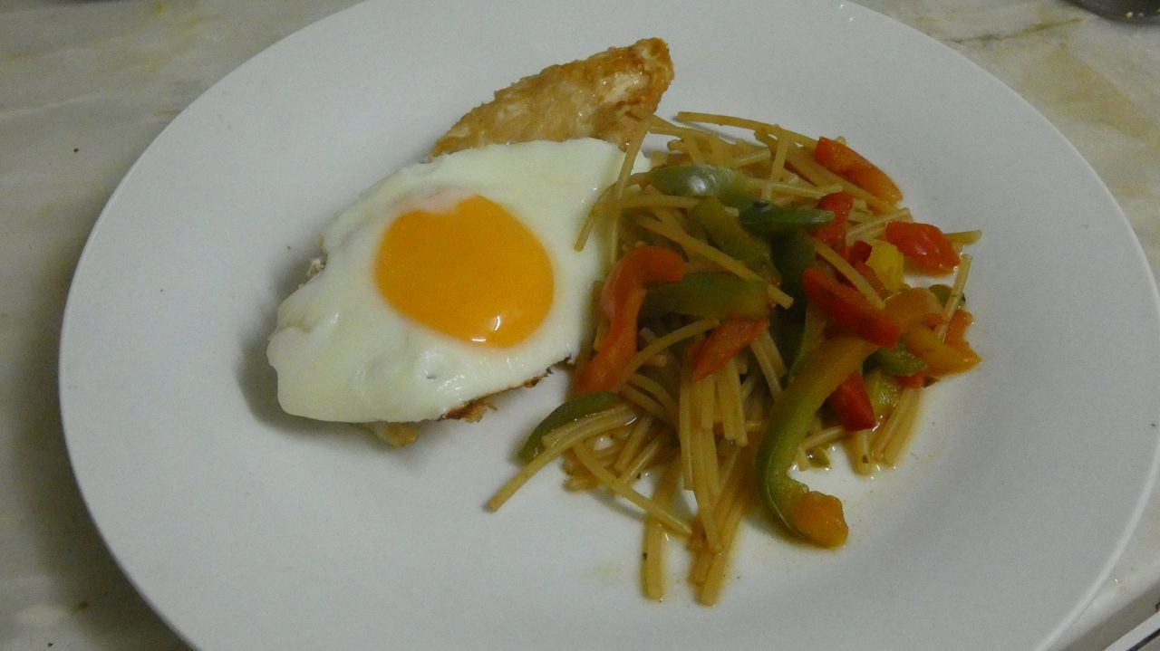 egg, plate, breakfast, healthy eating, ready-to-eat, food, food and drink, fried egg, indoors, freshness, egg yolk, no people, close-up, day