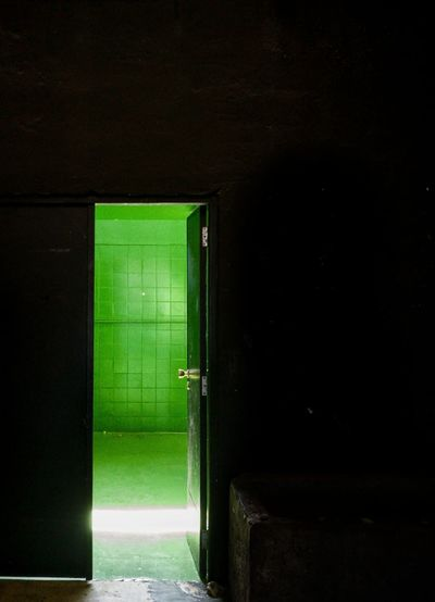 Green room Green Room HuaweiP9 Huaweiphotography Huaweiphotography Huawei Huawei P9 Leica Huawei Photography HuaweiP9Photography EyeEm Best Shots EyeEmNewHere EyeEm Selects EyeEm Gallery Eye4photography  EyeEm EyeEmBestPics Industry Doorway Illuminated Door Copy Space Architecture Green Color Entrance