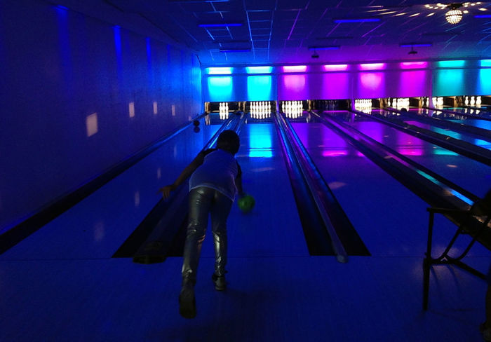 Bowling Bowlingnight Disco Bowling Sports Sports Photography Sport Time Sport In The City Hanging Out Strike Night Lights Lightshow Life Enjoying Life
