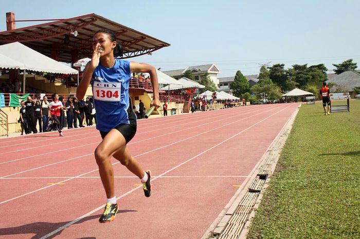 The Action Photographer - 2015 EyeEm Awards Athletics Sports Photography Sports Running Track & Field