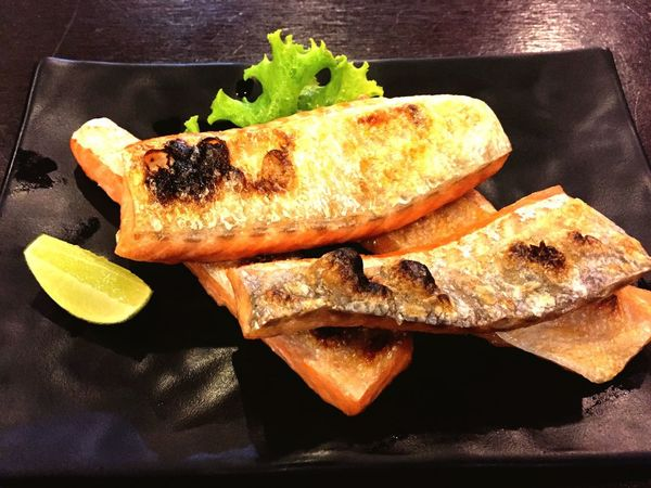 Food Food And Drink Freshness Healthy Eating Ready-to-eat Seafood Plate Serving Size No People Close-up SLICE Indoors  Day Japanese Food Salmonsteak Dinner