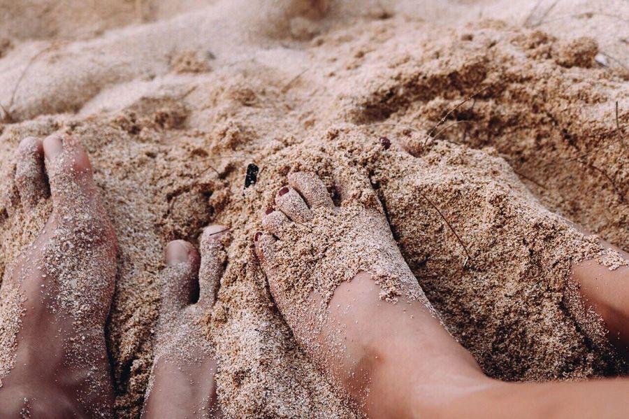 Surfgirl Human Body Part Beach Sand Canon Canonphotography Welcomeweekly EyeEmNewHere Eeyem Photography Hawaii Aloha Mylove Close-up