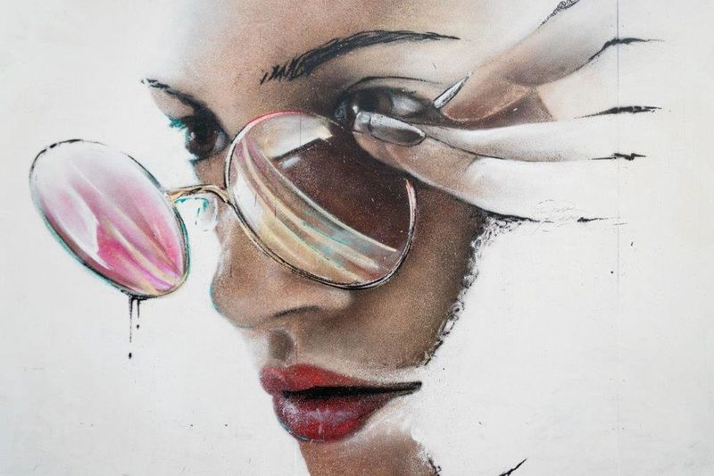 One Person One Woman Only Only Women One Young Woman Only Street Art Art She Graffiti Art ArtWork Urbanarts Londra STRRET ART/GRAFFITI London Streetartphotography StreetArtEverywhere LONDON❤ Spray Paint UrbanART England🇬🇧 Graffiti Streetart Multi Colored Creativity Spray Can Artwork