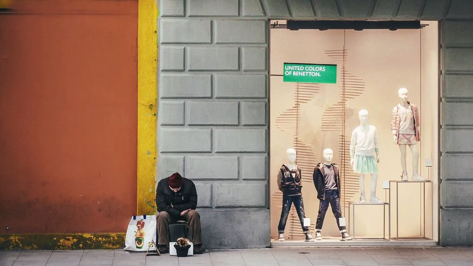 - UNITED COLORS OF REALITY - Showcase March Sunny Day Photo Color Photography Colorful Poverty Consumption  Streetphotography Street Photography Streetphoto_color Photography Walking Around The City  Check This Out City Life Beggar Bologna Italy Distressed Reality Real Real People Resist