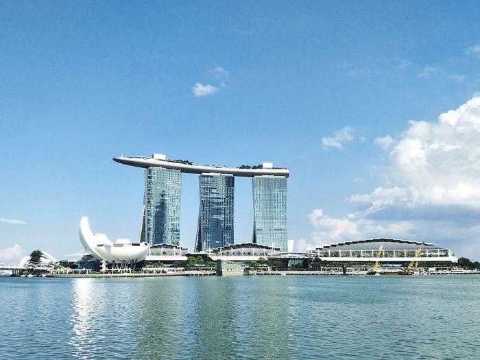 ❤SG Marina Bay Sands Singapore Sunny Sunset Warm EyeEm Gallery EyeEm Selects EyeEm Best Shots City Water Sea Cityscape Business Finance And Industry Skyscraper Modern Urban Skyline Sky Architecture