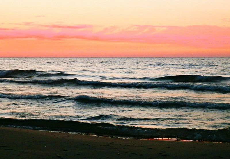 Dramatic Sky Beauty In Nature Landscape Sky Multi Colored Horizon Over Water Sand Wave Outdoors Sunrise_sunsets_aroundworld Outdoorphotography Romantic Sky Instashot Photooftheday Best EyeEm Shot Instadaily Bestshot Instaphoto Tranquil Scene Cloud - Sky Sunrisephotography Beautyineverything Sunrise_Collection Lake Michigan Summer Memories 🌄