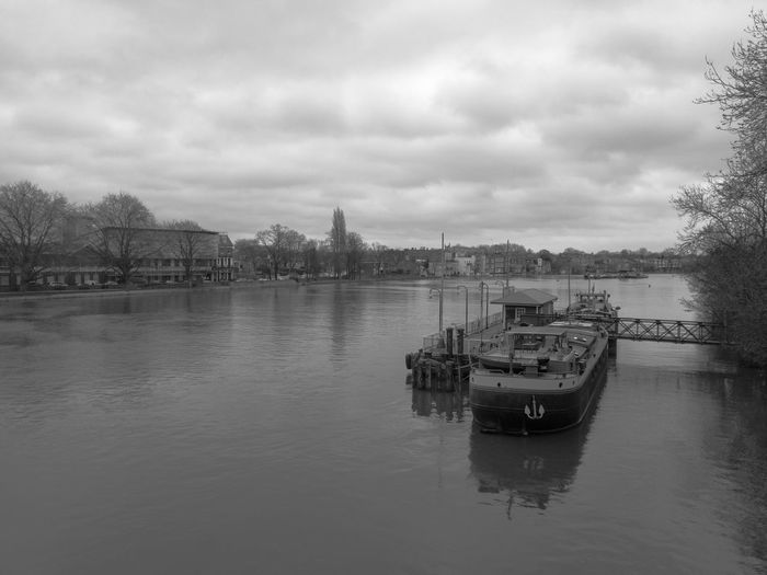 Strand-on-the-green Chiswick London River Riverside Pier Boat Clouds Landscape Monochrome Blackandwhite Black And White Black & White