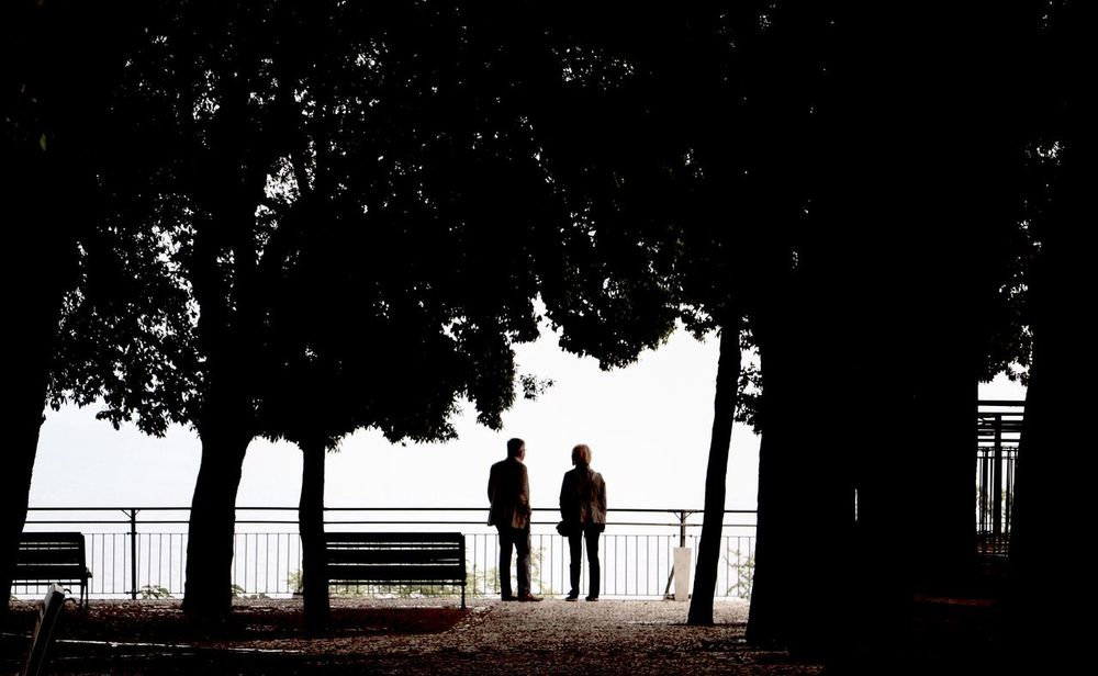 Darkness And Light Light And Shadow Lightanddarkness Outdoors People Photography People Watching Silent Moment Tranquil Scene Tranquility Tranquility