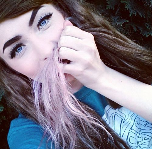 ♥♡♥ ;) Pink Hair Pastel Hair Brown Hair Snakebites Piercing Alternative Ombre Pink Blue Eyes Overfiltered
