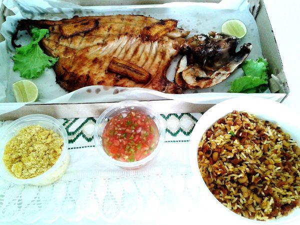 Tambaqui Assado Prato Típico Regional Food Tambaqui Fish Typicaldishes Foodphotography Ilovefish
