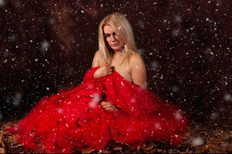 Snowing Snowflake Snow ❄ One Person Women Beauty Fashion Clothing Blond Hair Hair Adult Dress Red Beautiful People Night Young Adult Beautiful Woman Nature Elégance Hairstyle Black Background