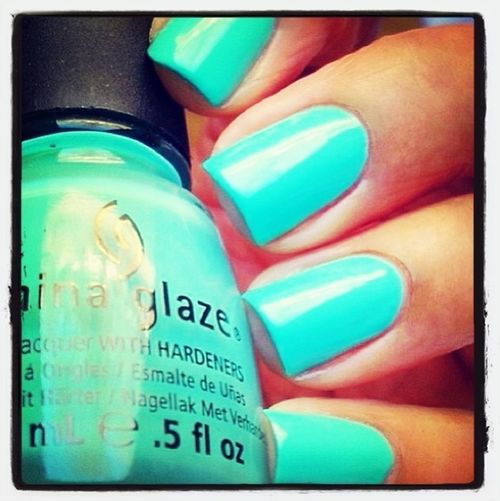 I'm in love with this color. Love It Nails Bright Colors China Glaze