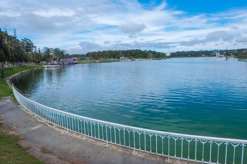 Đà Lạt Dalat Hồ Xuân Hương Lake Water Sky Nature Cloud - Sky Plant Day Beauty In Nature