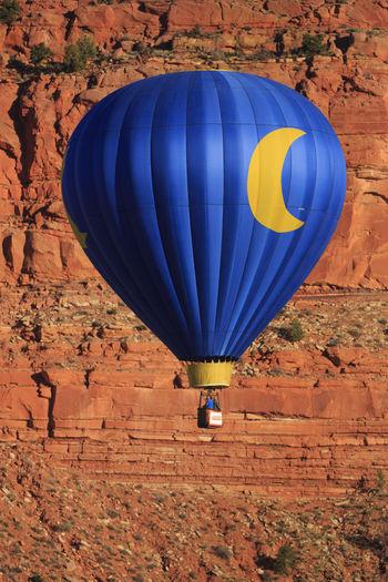 Hot Air Ballooning Kanab Utah Festival United States Canon EyeEm Best Shots EyeEm Gallery Utah Kanab Flight Ballooning Balloonfiesta  Balloon Art Balloonfest Balloons In The Sky Crescent Crescent Moon People Blue Wave