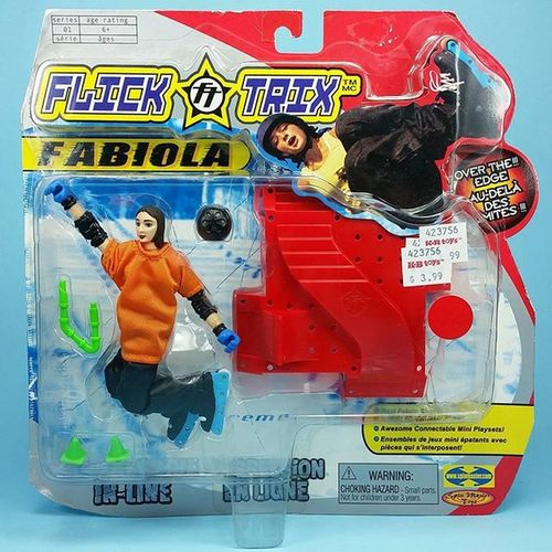 That one time rollerblading was popular enough to get action figures. Now if I could only find that elusive Aaron Feinberg figure. Bladies Flicktrix Overtheedge @fabioladasilva