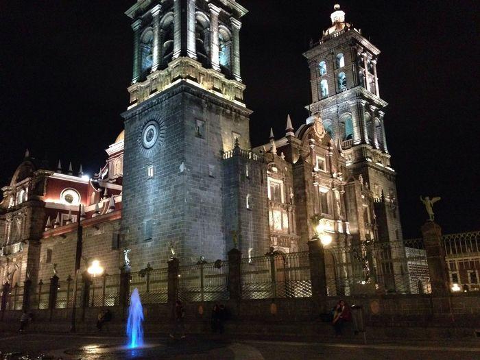 Catedral Puebla De Zaragoza Church Architecture Night Lights Arhitecture Taking Photos Discover Your City