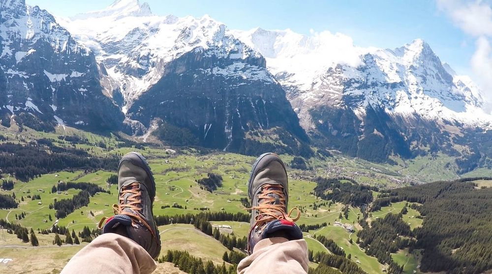 Vacations Scenics Beauty In Nature Tranquil Scene Landscape Nature The Great Outdoors - 2017 EyeEm Awards Outdoors Mountain Mountain Range Switzerland Alps Parasailing Shoe Human Leg Personal Perspective Low Section Human Body Part Hiking Adventure One Person Mountain Peak Day Nature Live For The Story