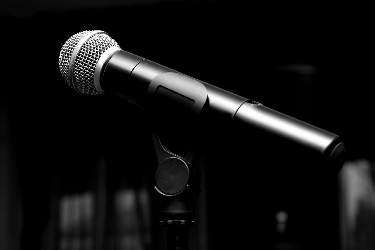 microphone, communication, music, focus on foreground, sound recording equipment, arts culture and entertainment, no people, close-up, indoors, recording studio, day