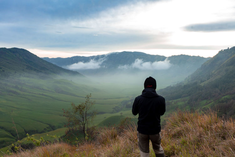 Photographer in jemplang bromo
